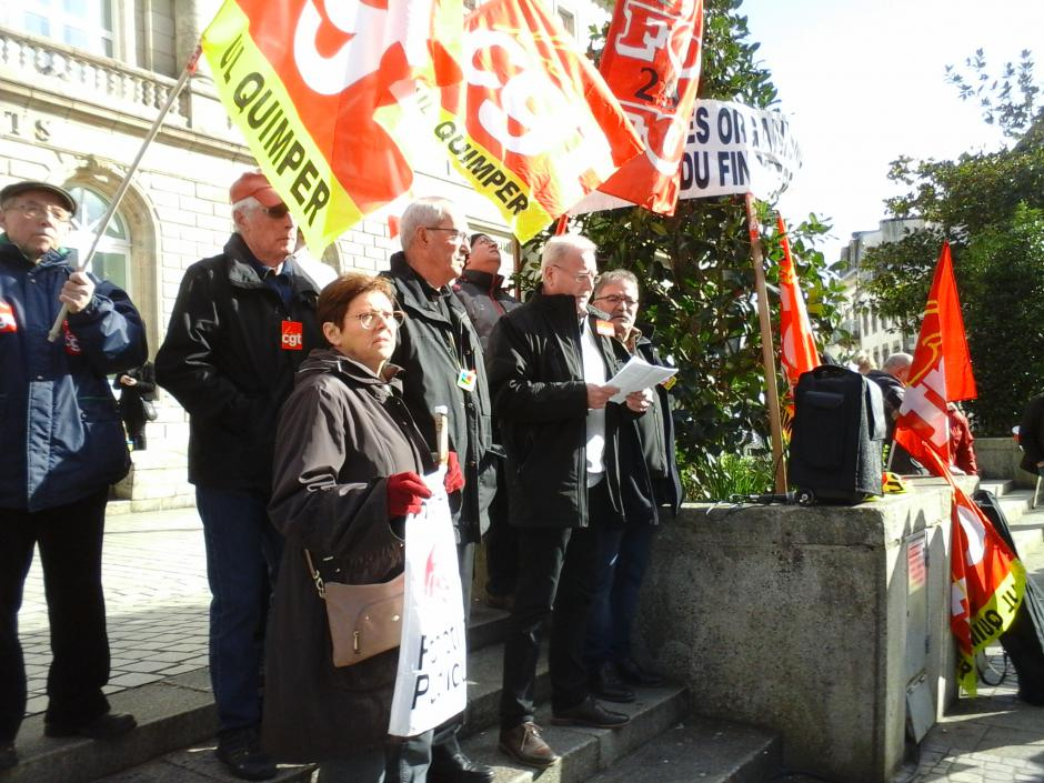 Intervention des syndicats et associations lors de la manifestation des retraité-e-s du 10 mars à Quimper